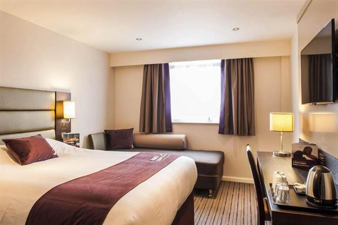 Premier Inn London Southwark Borough High St Hotel London
