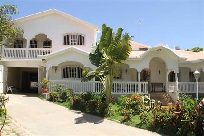 Mady's Villa Hotel