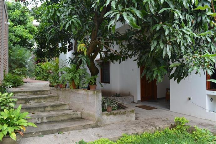 Alojamiento familiar custodia morales offerte in corso for Alojamiento familiar cantabria