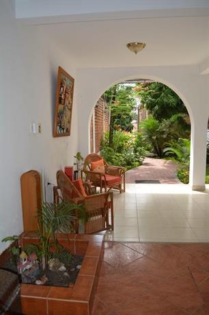 Alojamiento familiar custodia morales offerte in corso for Alojamiento familiar londres