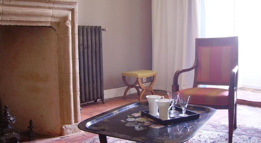 Hotel Saint Aubin De Luigne