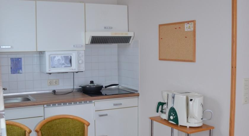 Ferienwohnung 10 im haus huhnergott sellin compare deals for Haus sellin