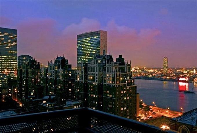 Global Luxury Suites at 300 East 39th Street