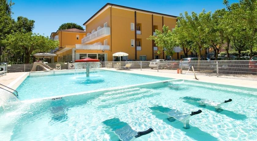 Hotel giuliana cervia offerte in corso - Bagno italia giuliana ...