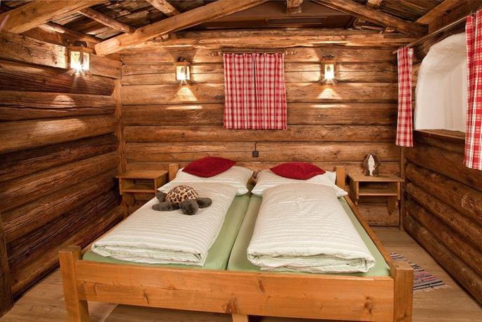 Appartement rossalm mit sauna fur 6 9 personen alpbach - Sauna appartement ...