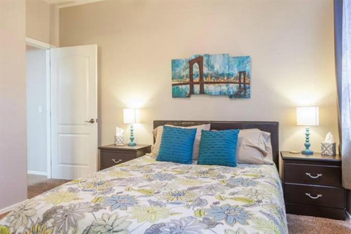 Two Bedroom Phoenix Townhouse Compare Deals