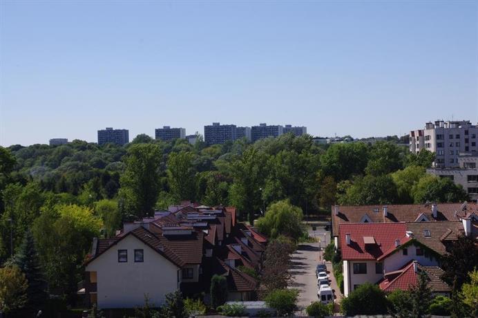 Bobrovia Apartment