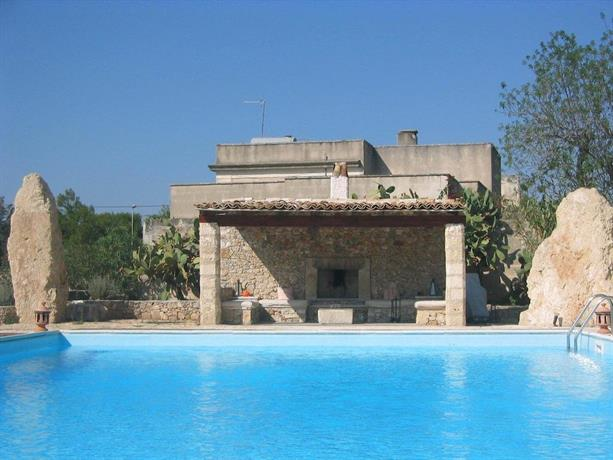 Villa teresa santa maria al bagno nardo compare deals - Hotel santa maria al bagno ...