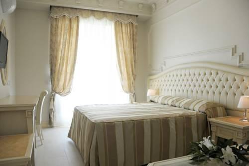 Bagno Conchiglia Cervia : Hotel conchiglia pinarella di cervia offerte in corso