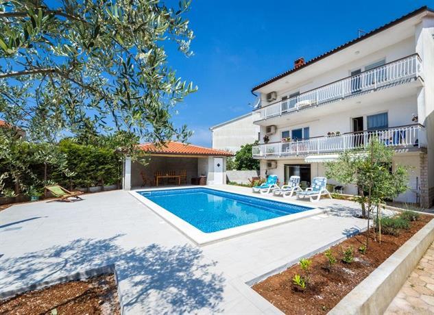 Apartments Villa Alba Pula