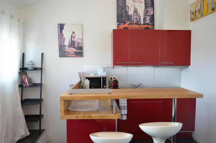 studio moderne amenagement architecte talence compare deals. Black Bedroom Furniture Sets. Home Design Ideas