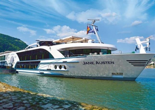 Baxter Hoare Hotel Ship Dusseldorf
