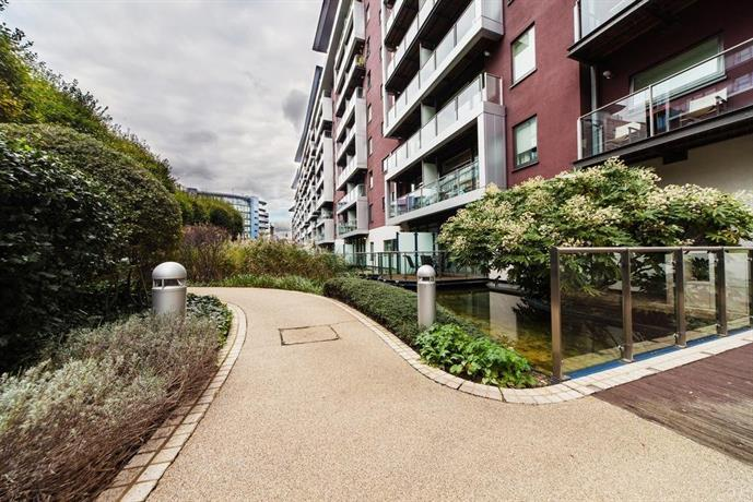 Riverside Apartment London