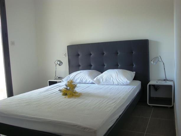 residence mare e vista saint florent confronta le offerte. Black Bedroom Furniture Sets. Home Design Ideas