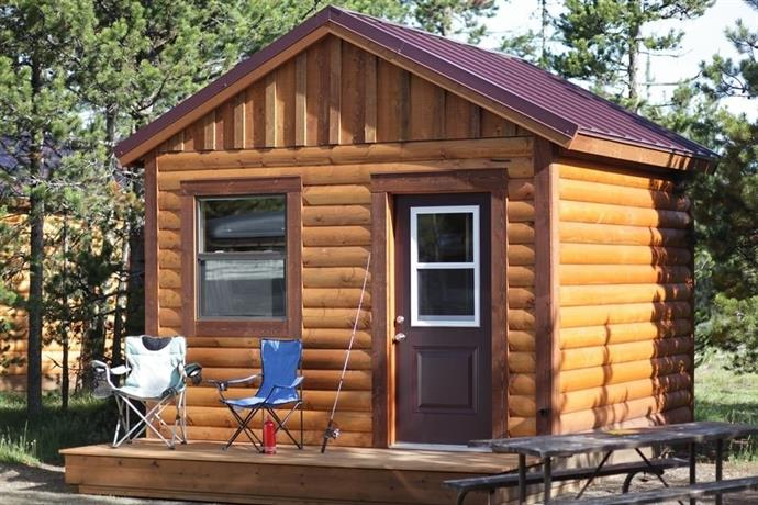 Camper Cabins at Headwaters Lodge