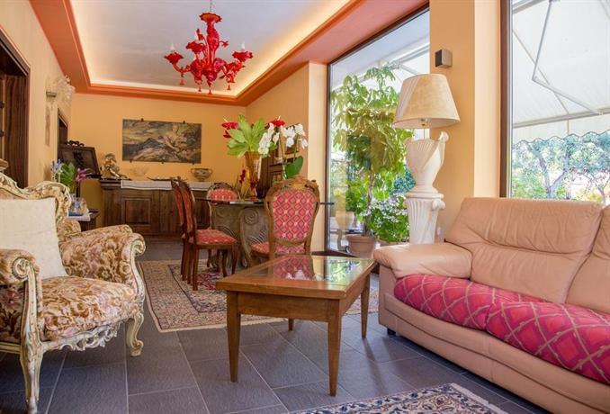 Beautiful Residence La Terrazza Spello Images - House Design Ideas ...