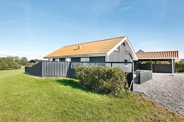 Two-Bedroom Holiday home in Lemvig 1
