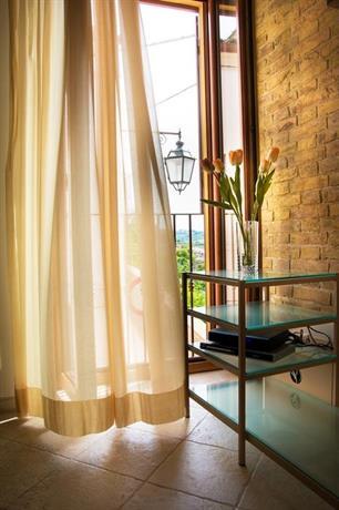 B b porta della noce lanciano compare deals - Hotel della porta ...
