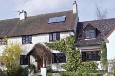 Larkrise Cottage