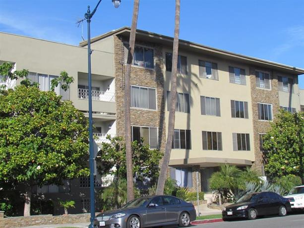 Large two bedroom apartment in beverly hills los angeles for 2 bedroom apartments in los angeles