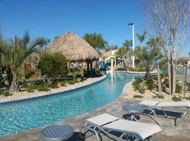 Orlando select vacation homes confronta le offerte for Cabin cabin in wisconsin dells con piscina all aperto