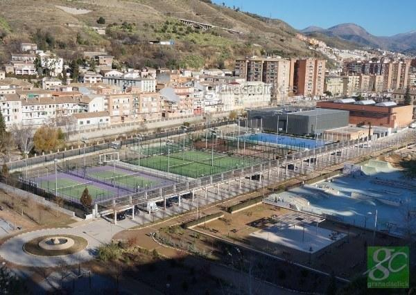 Cuesta alcazaba for Piscina bola de oro granada
