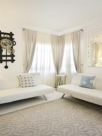 Lenox Apartment