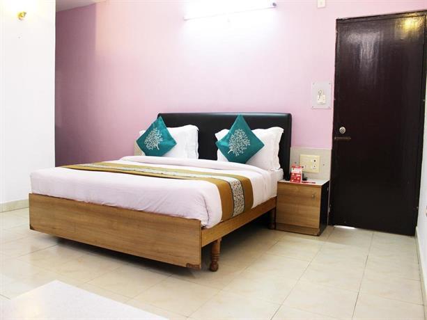 OYO Rooms Rajpur Road CNI Church