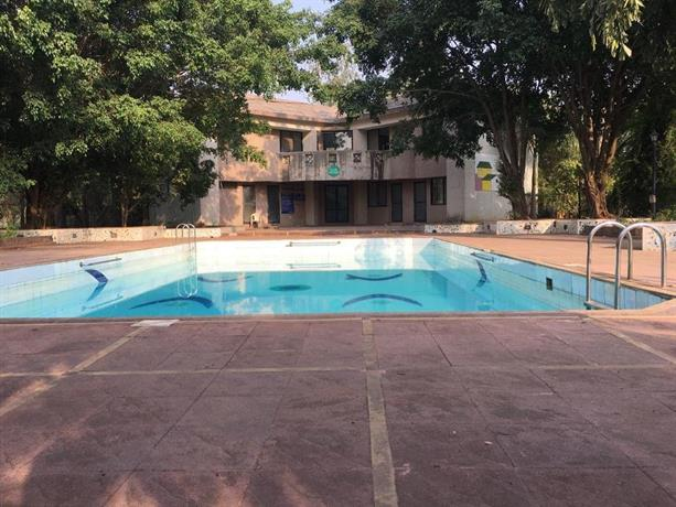 2 Bhk Bungalow With Pool Lonavala Compare Deals