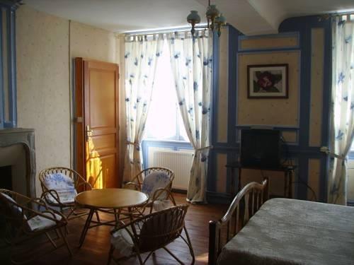 Chambres d 39 hotes les clematites en cotentin saint floxel for Chambre hote cotentin