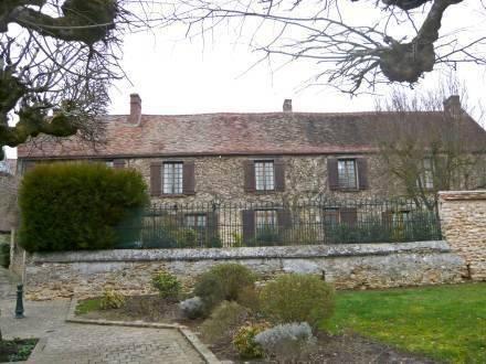 Holiday Home Rue de la Tour Prunay en Yveline