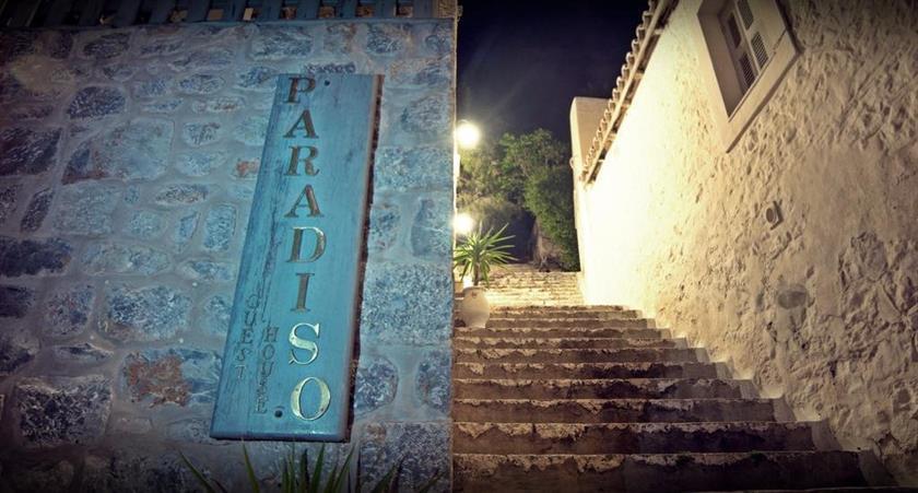 Paradiso Hydra Town Confronta Le Offerte