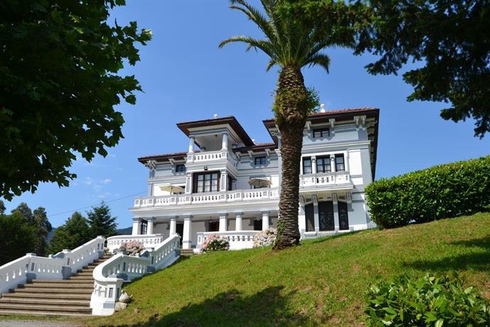 Villa Alicia Salas