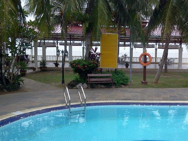 Klebang Beach Resort Tanjong Kling
