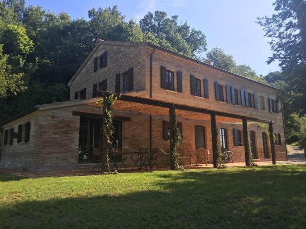 Casa Melograno Montefelcino