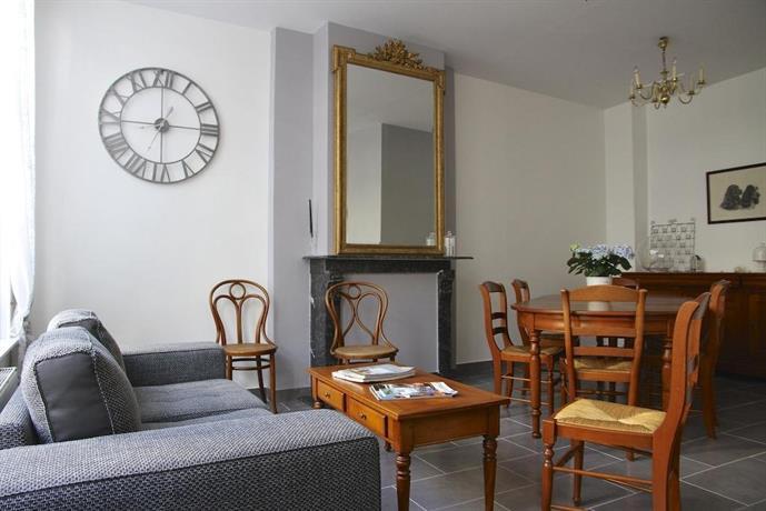 chambre d 39 hotes les cles des places arras die g nstigsten angebote. Black Bedroom Furniture Sets. Home Design Ideas