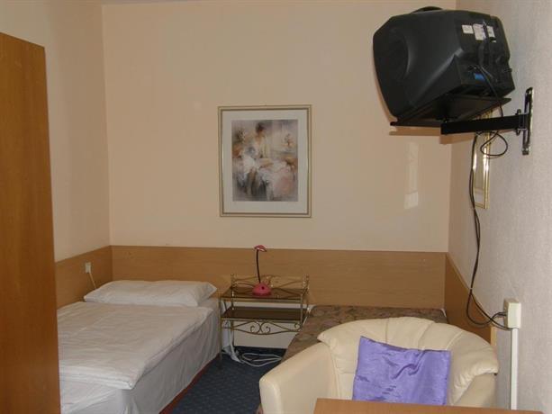 gasthof grossmann heidenreichstein vergelijk aanbiedingen. Black Bedroom Furniture Sets. Home Design Ideas