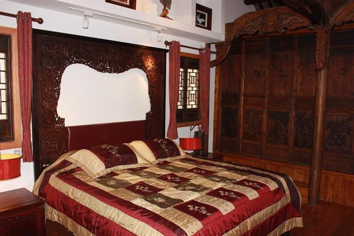 Cyan Dragon Old House Tongli