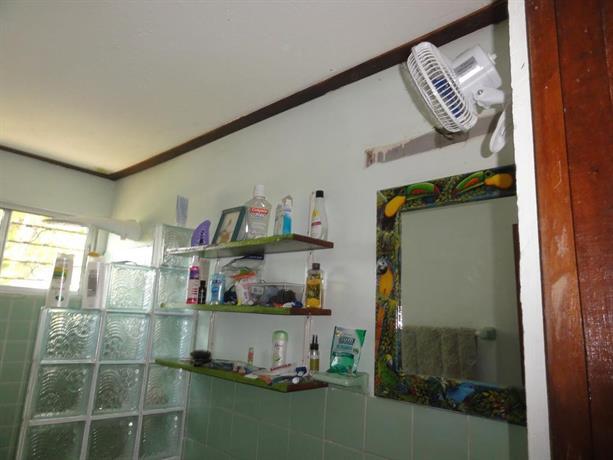 Casa arco iris coronado compare deals - Hostal casa arco iris ...