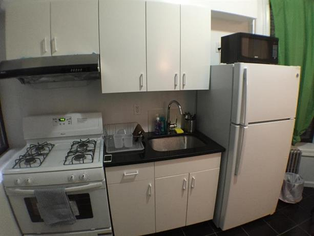 Three Bedroom Apartment Henry Street 41 New York City Compare Deals