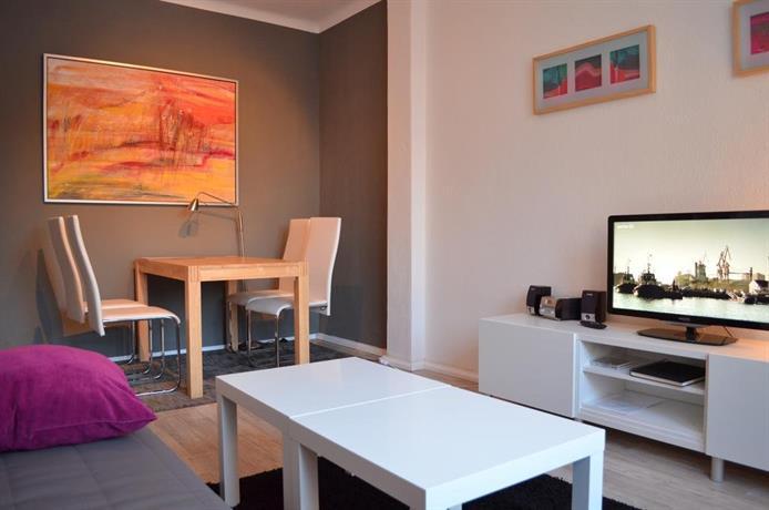 kunst und design dresden compare deals. Black Bedroom Furniture Sets. Home Design Ideas