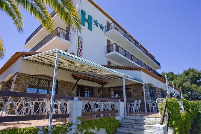 La maison du belvedere saint cyprien compare deals for La maison du carrelage blagnac