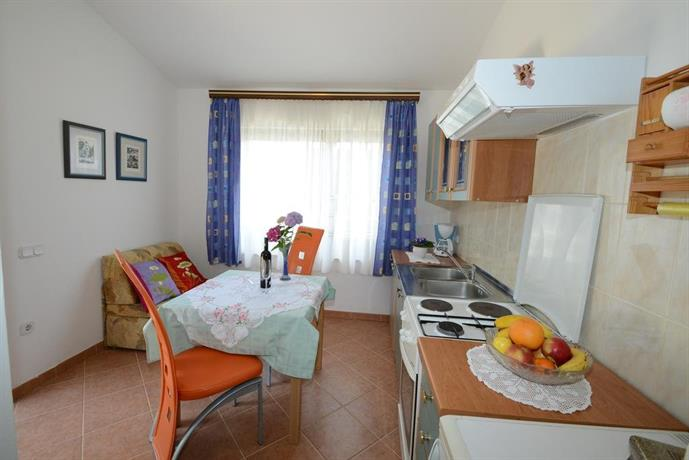 Apartments Vesna Hotel - room photo 2131099