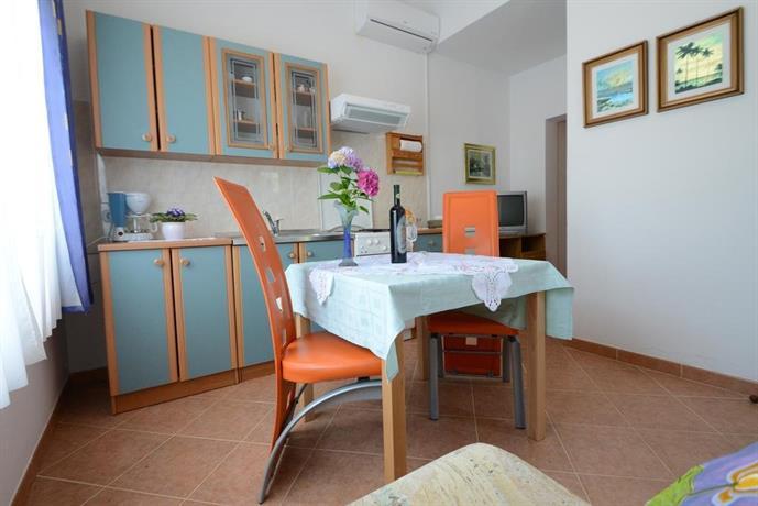 Apartments Vesna Hotel - room photo 2131097