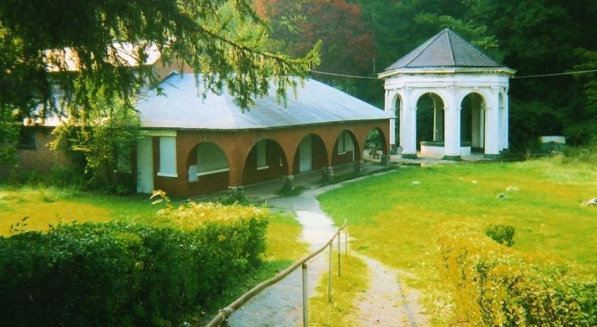 TurnAround Spa Lodge
