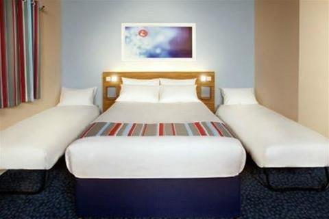 Travelodge Hotel - Caerphilly