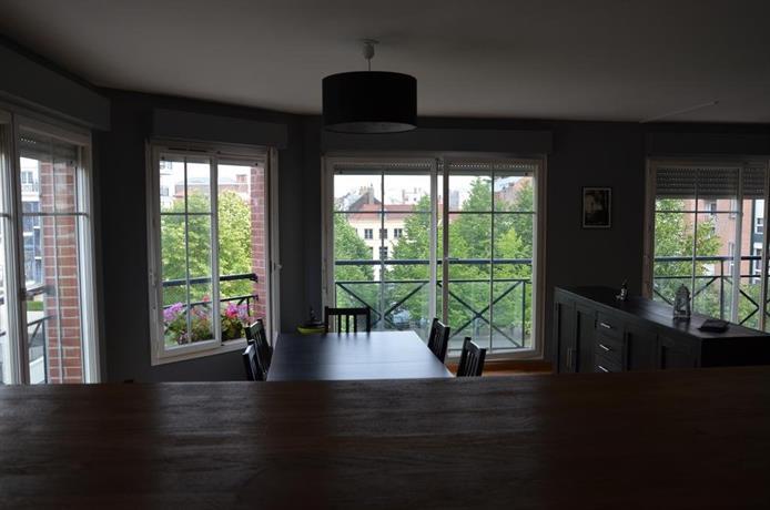 appartement vieux lille compare deals. Black Bedroom Furniture Sets. Home Design Ideas