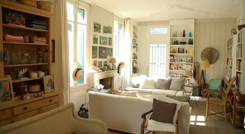 Villa frivole chambres d 39 hotes b b saint palais sur mer - Chambres d hotes saint palais sur mer ...