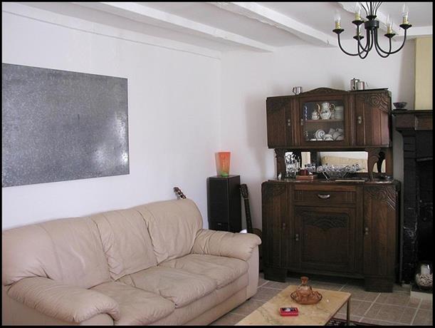 Chambres d 39 hotes de bel air bellac compare deals for Chambre d hotes limoges