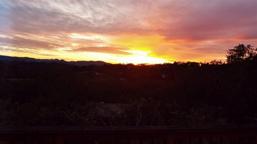 Sunsetter at Lake Nacimiento in Paso Robles Wine Country